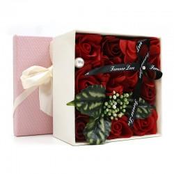 Bouquet flores jabon caja regalo - rojo