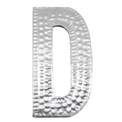 4 letras plateadas D