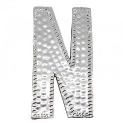 4 letras plateadas N